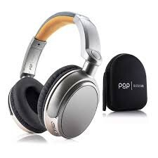 Bluetooth headphones - the best gift for bookworms.